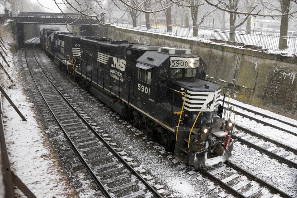 Here's Why Norfolk Southern's Stock Price Grew 2.5x Over The Last 3 Years