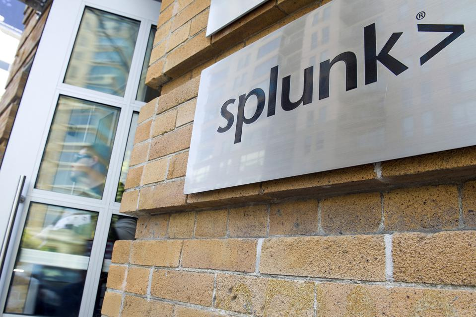 Splunk Stock Slips On Reduced Cash Flow Outlook Amid Shift To Renewable Model