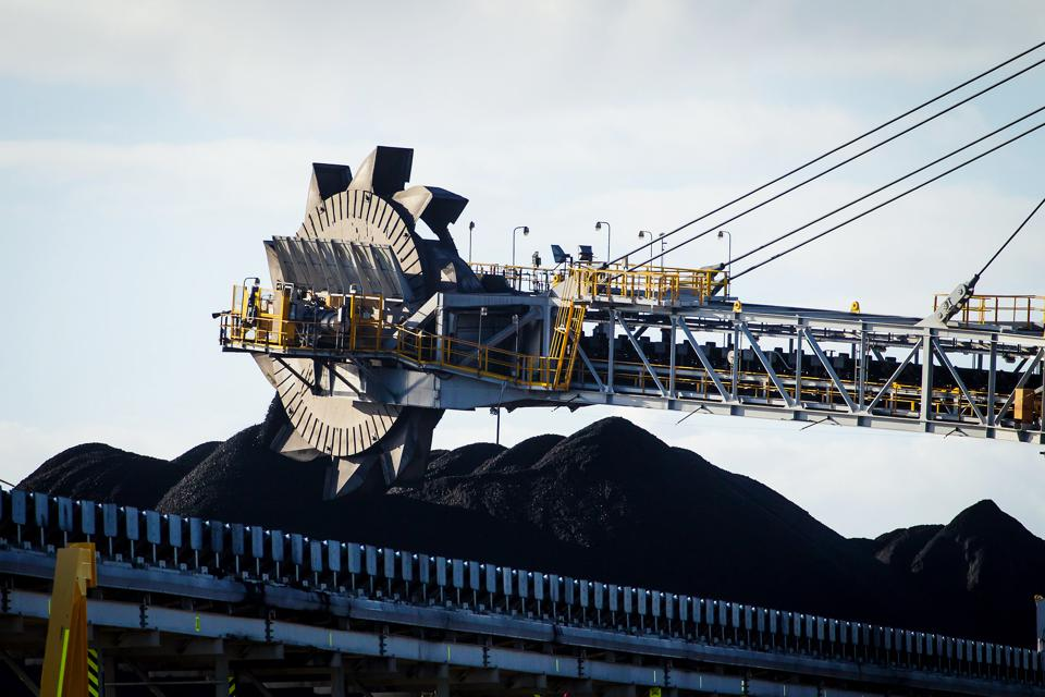 India And Australia Vote With A Coal Clash Possible After The Twin Elections
