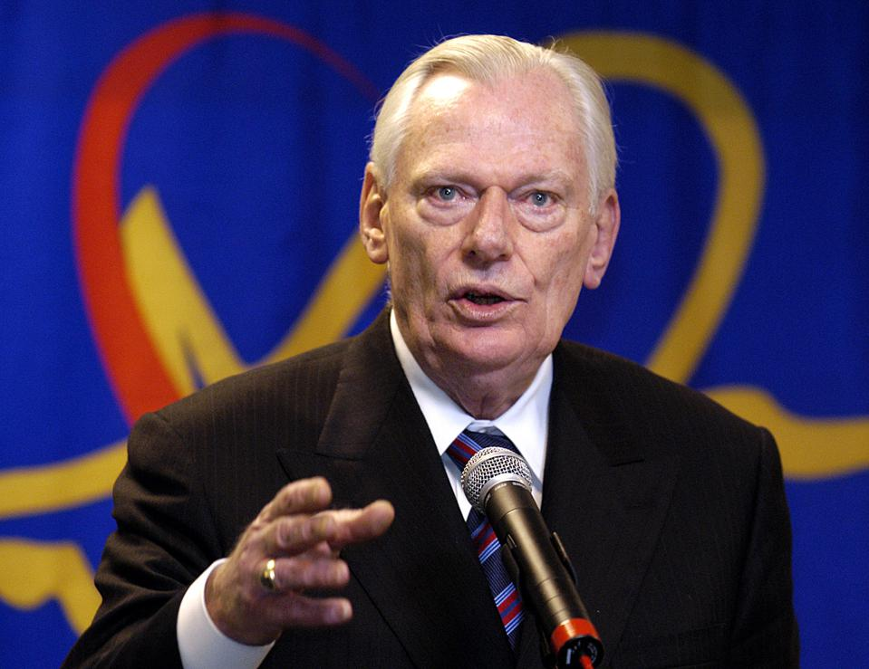 Leadership Lessons From Herb Kelleher