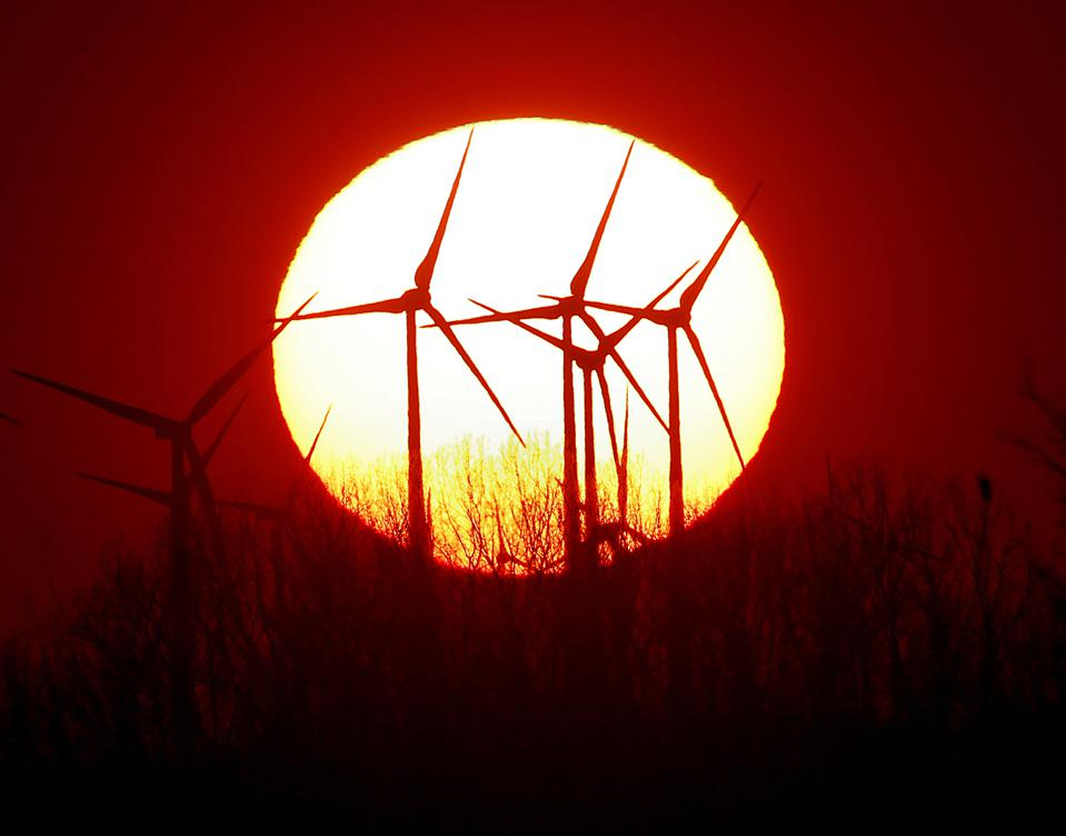 Renewables Catching Nuclear Power In Global Energy Race