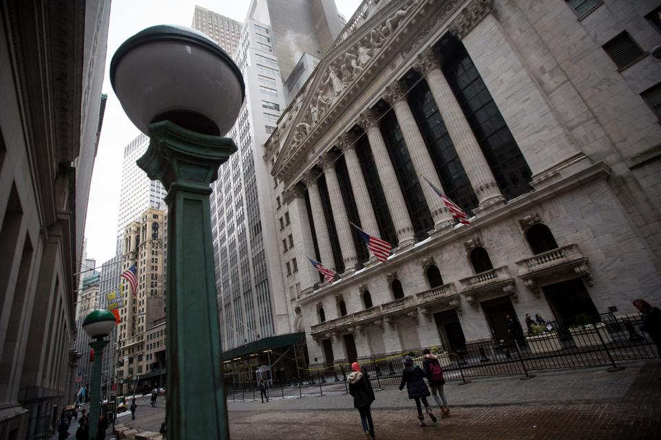 Bank Earnings To The Rescue? Market Sees Green After Strong Morgan, Goldman Results