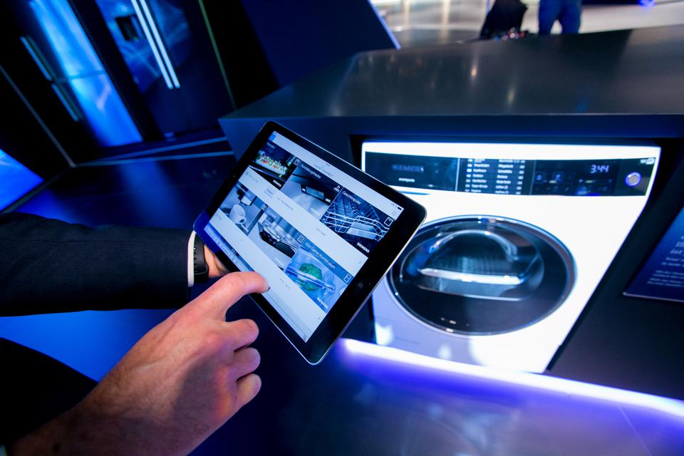 5G And Smart Home Tech To Make It Big In 2019 Forecasts Global Data