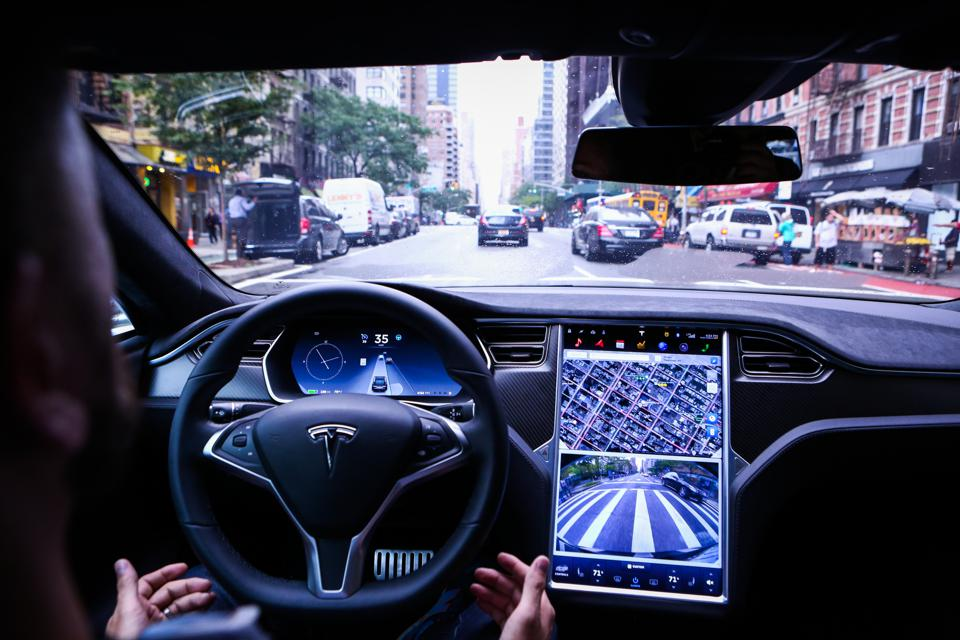 Tesla Autopilot Safety Stats Said Imbued With Statistical Fallacies, Interpret Cautiously