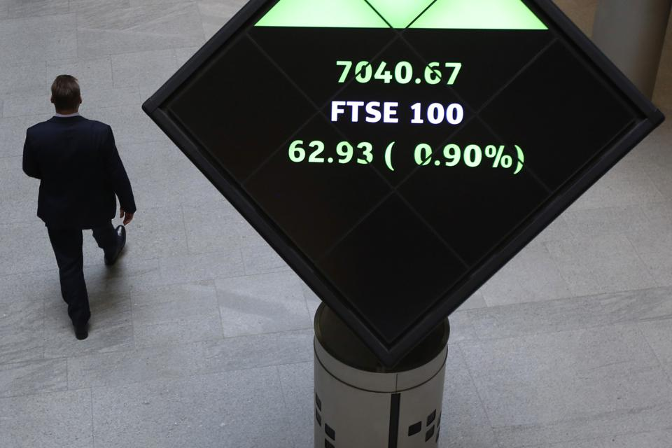 3 Top FTSE 100 Growth Stocks You Should Buy Today