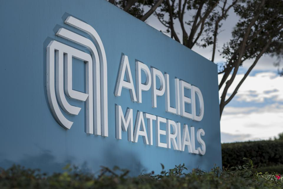 Stocks This Week: Buy Applied Materials And American Airlines