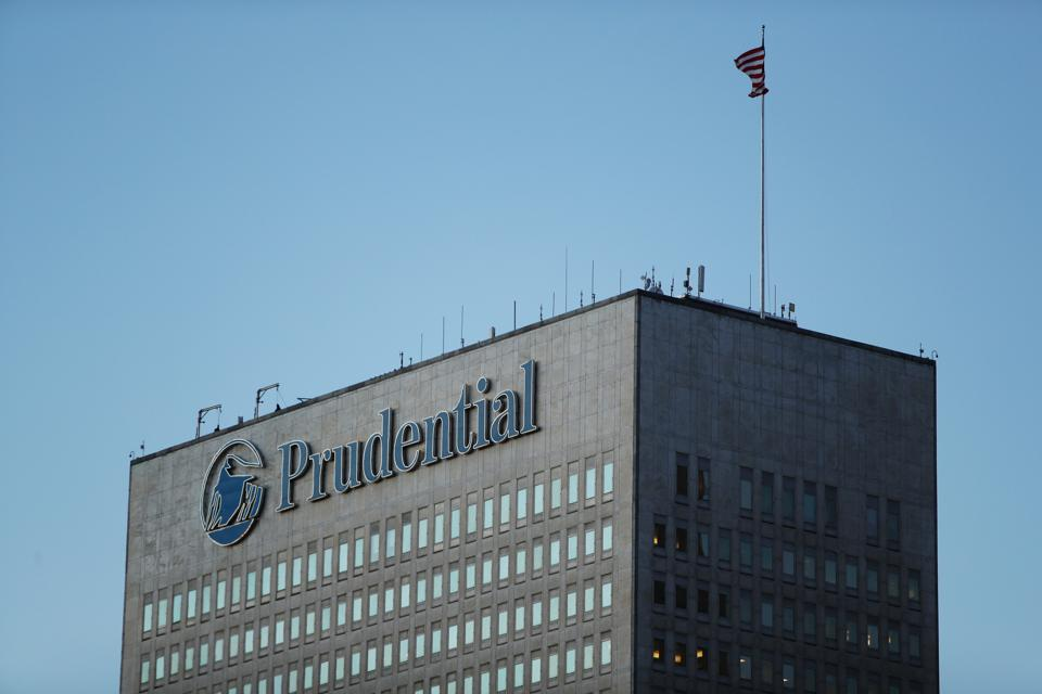 Can Prudential's International Premiums Contribute 30% To Its Top Line By 2021?