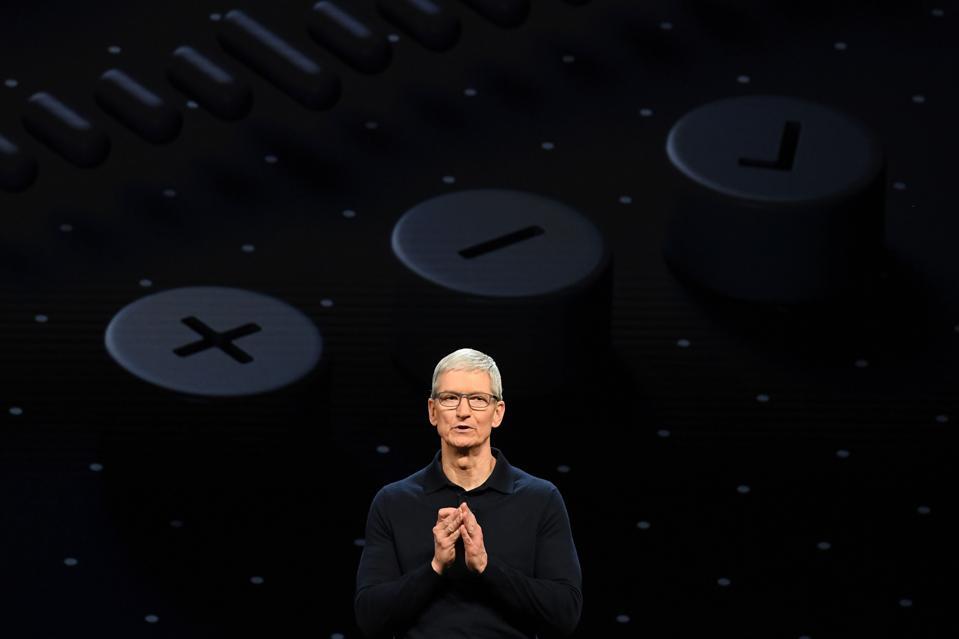 Apple Loop: Apple's Long Term Future, iPhone XR Screen Problems, The iPhone SE Returns