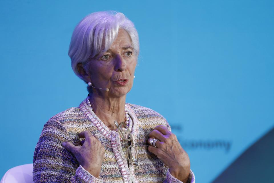 Christine Lagarde: Central Banks Should Consider Issuing Digital Currency