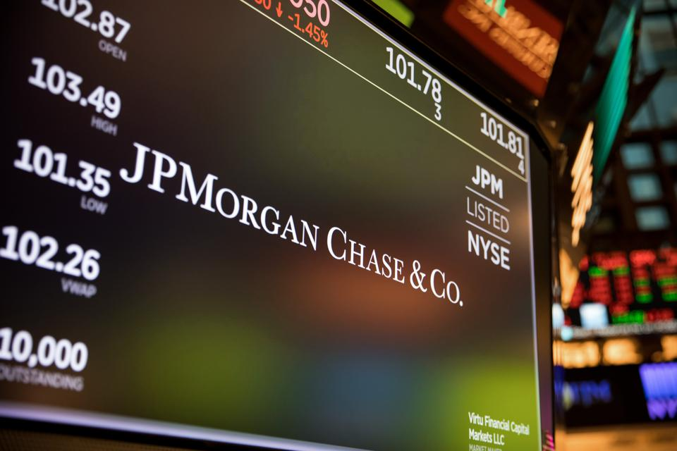 How J.P.Morgan Plans To Beat Bank Of America In Low-Income Areas