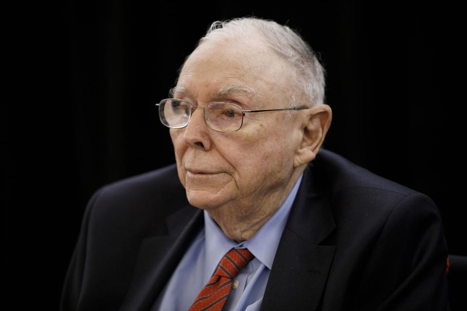 5 Insights From Charlie Munger's 2019 Daily Journal Annual Meeting