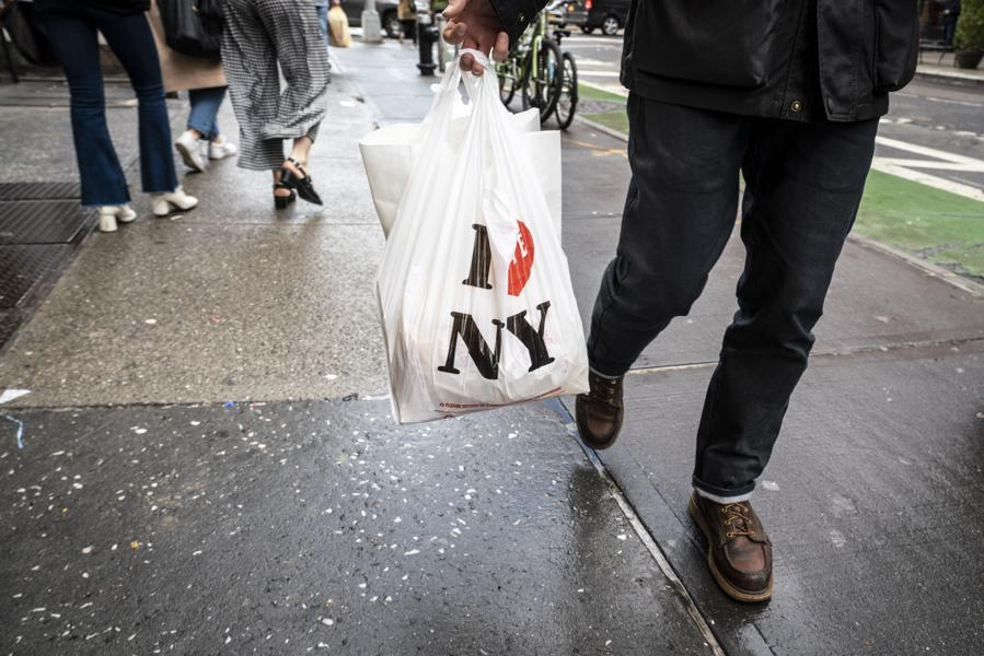 New York Officially Bans Plastic Bags