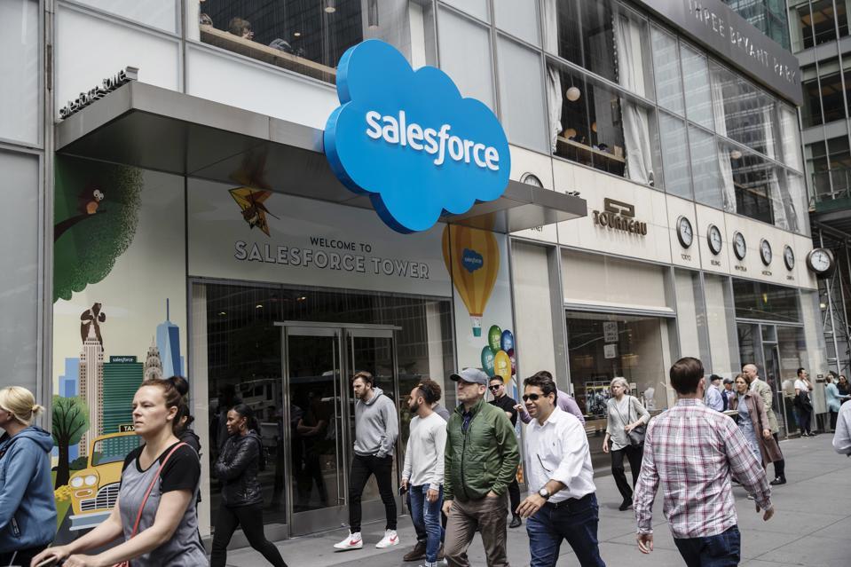 Software Giants Microsoft and Salesforce Flock To Hyperledger Blockchain Consortium