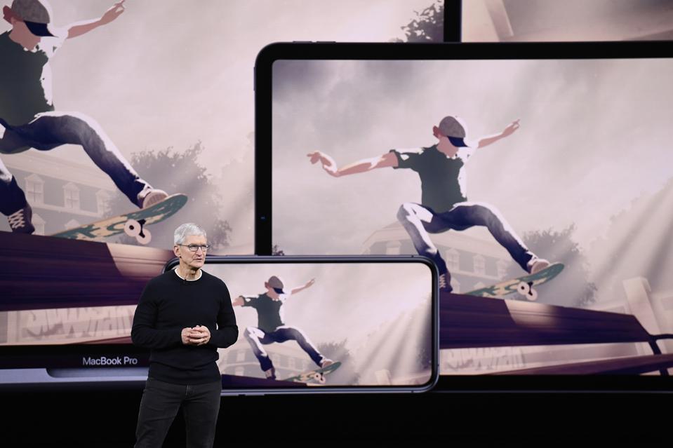 Apple's Unpleasant Behaviour Is Hurting The Macbook Pro