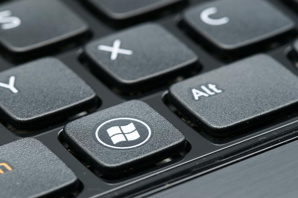 A New Windows Patch Is Causing PCs To Freeze...And Other Small Business Tech News This Week