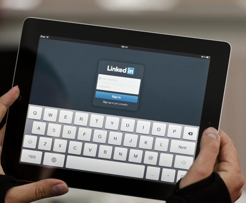 Four Easy Ways To Grow Your Business With LinkedIn