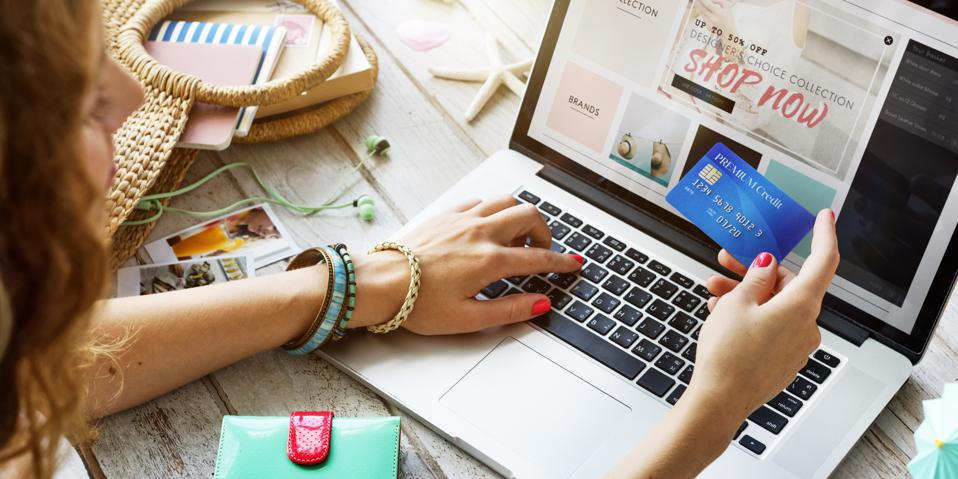 Four Ways Fashion E-Commerce Brands Can Compete With Amazon