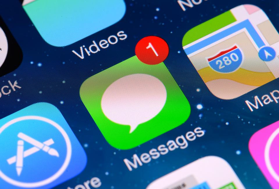 iPhone iMessage Security Vulnerability Lets Attackers Read Your Files From Anywhere