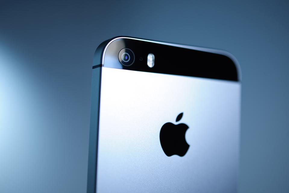 The Coming Apple Credit Card Tsunami: Consumer Survey Finds Huge Demand For The New Card