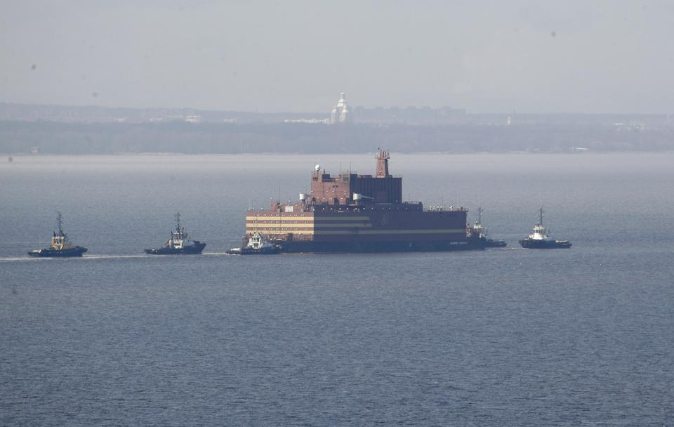 Russia's Floating Nuclear Power Plant Has Great Potential For Decarbonization Trends