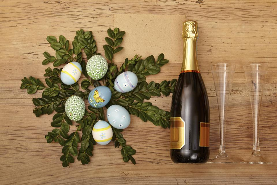 Sparkling Rosé Wine For Easter Meals And Spring Suppers