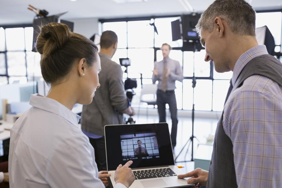 Utilize Video On LinkedIn To Increase Your Business's Visibility And Engagement