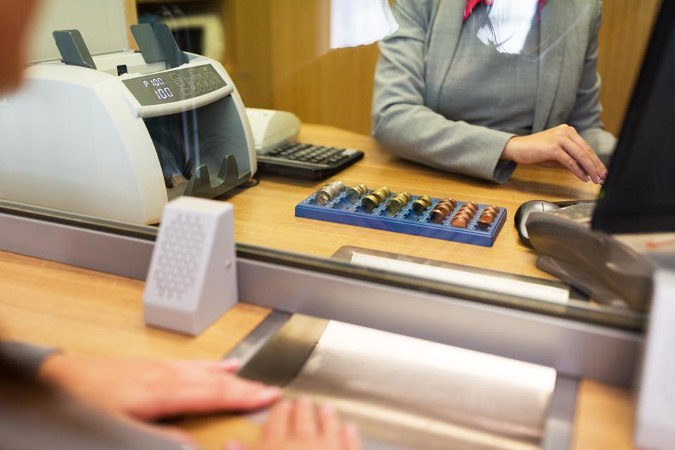 Bye-Bye Bank Branches, Hello Cloud: 10 Retail And Commercial Banking Trends To Watch In 2018