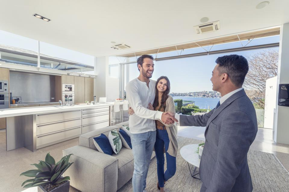 Why Personal Connection Still Matters In Real Estate