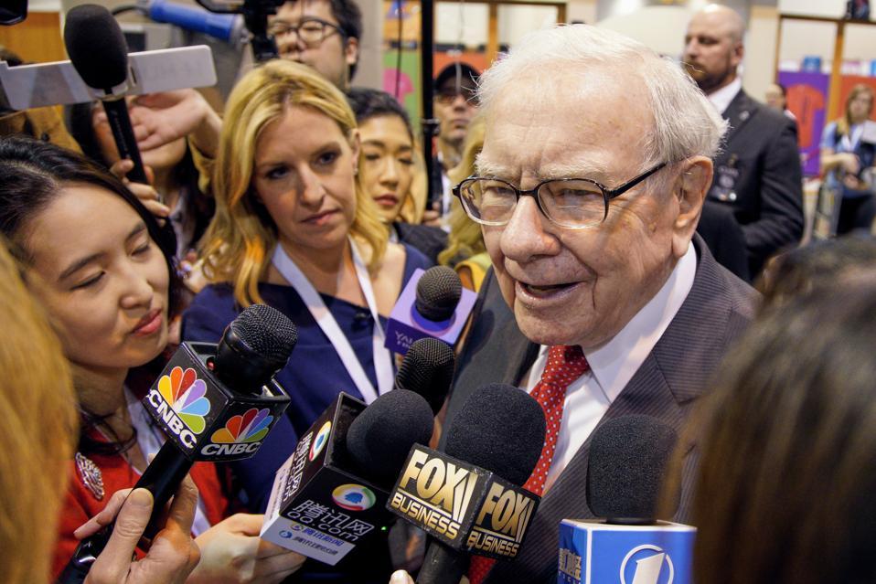 2 Warren Buffett Stocks Tumble To 52-Week Lows