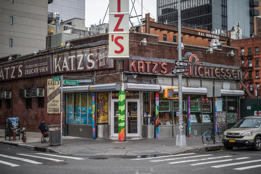 Katz's Delicatessen Will Celebrate 'When Harry Met Sally's' Thirty-Year Anniversary