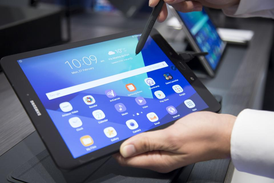 Is The Galaxy S4 Better Than The iPad And The Surface...And Other Small Business Tech News This Week