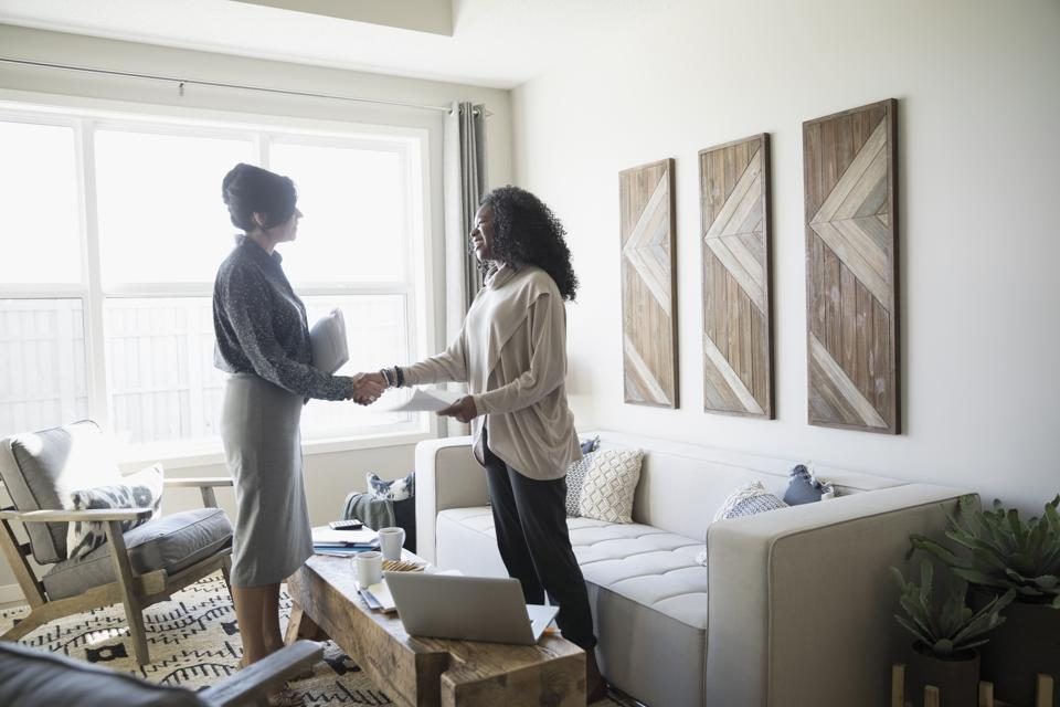 How To Be Confident On A Listing Appointment (Even Your Very First One)