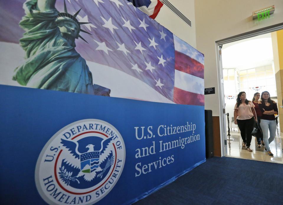 USCIS Creates 'Chaos' With Last Minute H-1B Visa Announcement