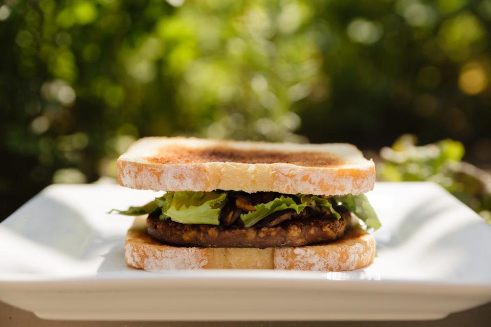 Beyond Meat Will Crash When Investors Realize What It's Really Selling