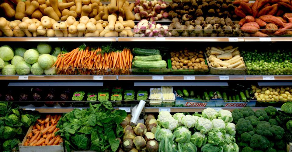 What Environmental Problems Does Wasting Food Cause?