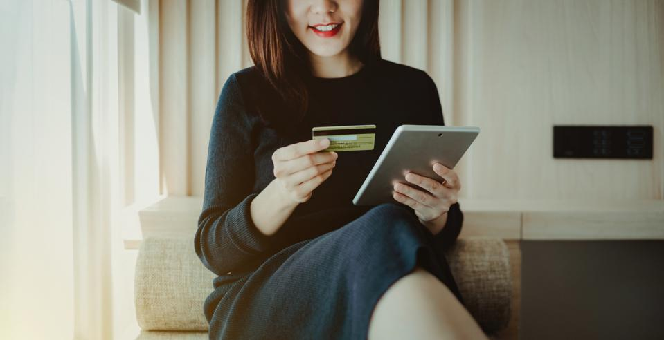Starting An E-Commerce Store? These Five Industries Are Ripe For Big Profits