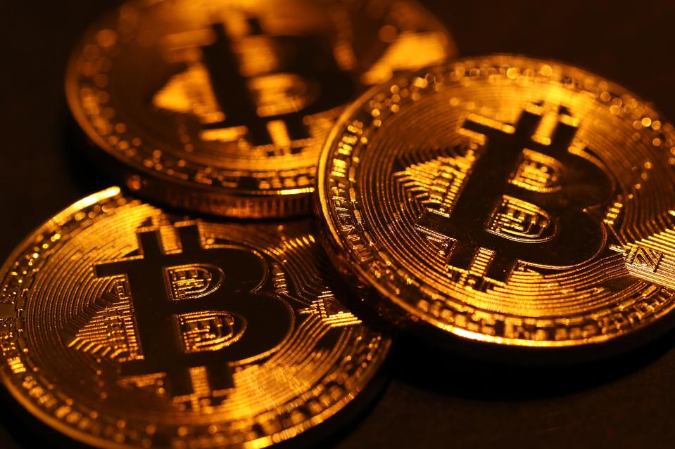 Risk On Trade Correlation Between Bitcoin And Wall Street's Fear Index Raises Alarm Bells
