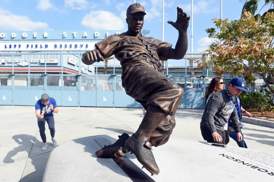 Dodgers First With Jackie Robinson, Astros First With Roberto Osuna, Pioneers All!