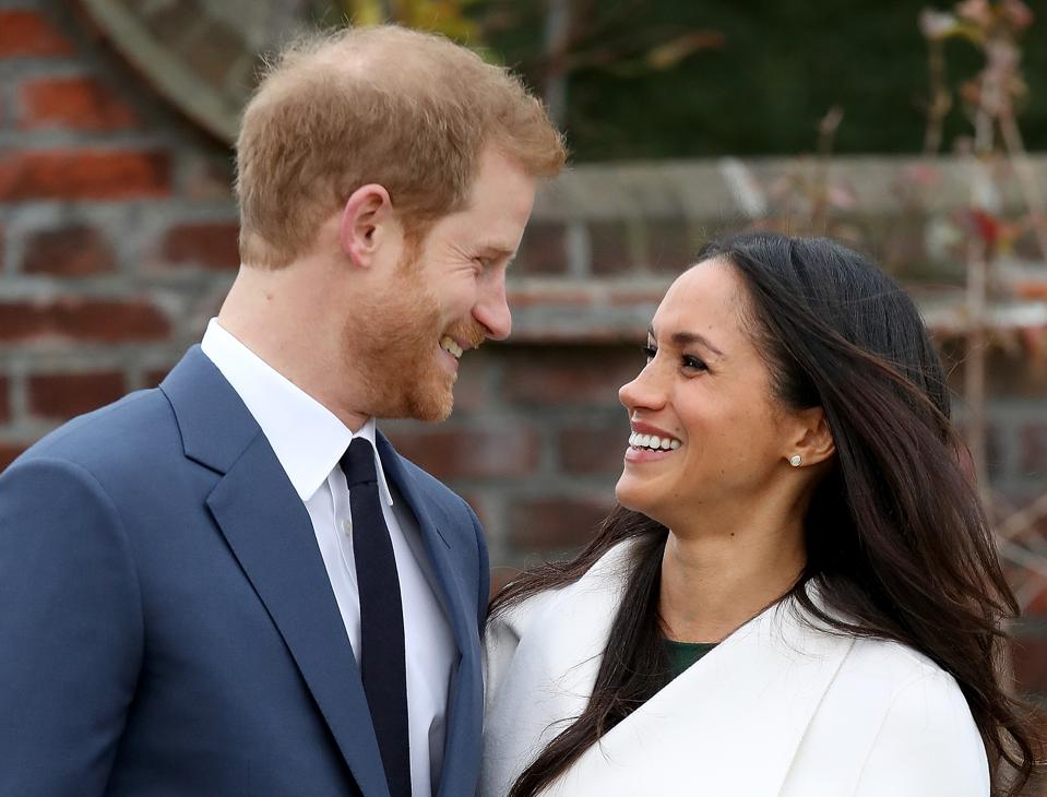 Hasil gambar untuk Prince Harry and Meghan Markle Have Officially Announced Their Engagement