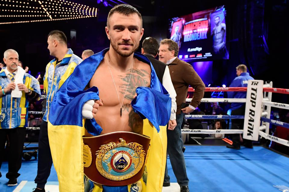 Jorge Linares Vs Vasyl Lomachenko Live Blog Round By Roundysis Updates And Results
