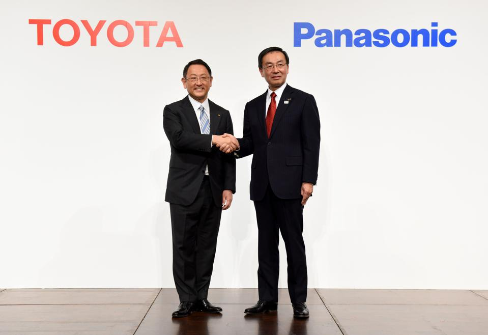 Japan Gets Into Hybrid Game As Toyota Announces EV Launch With Panasonic Batteries