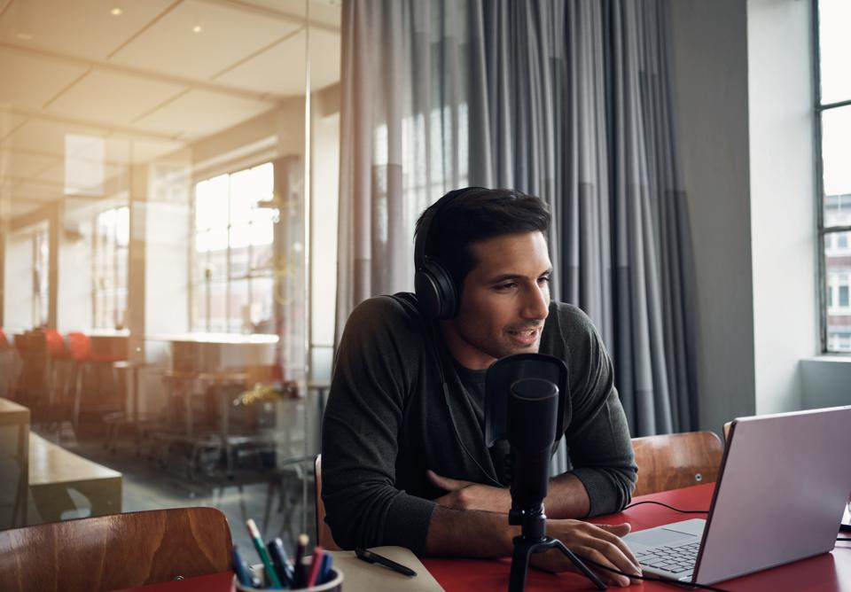 Three Reasons You Should Add Podcasting To Your Marketing Strategy