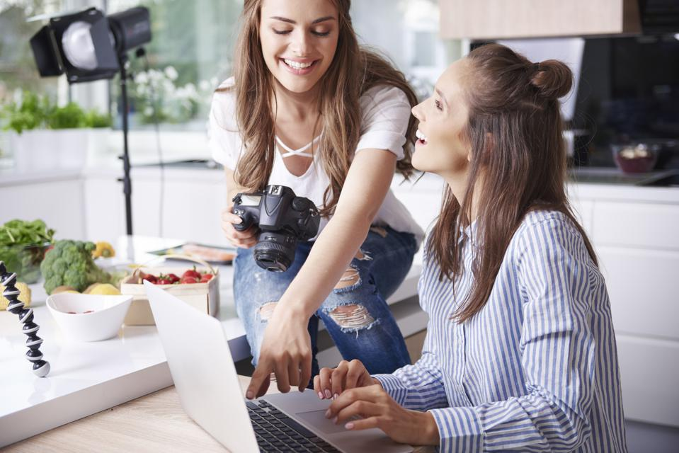How To Drive User-Generated Content Through Influencer Marketing