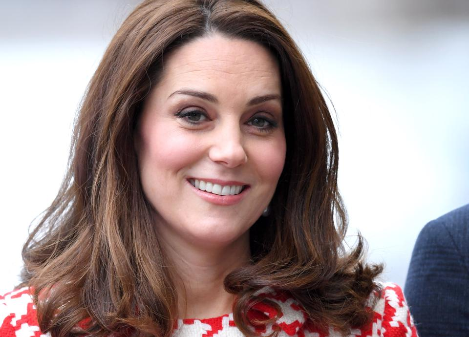 Kate Middleton S Chic Maternity Fashion In Photos