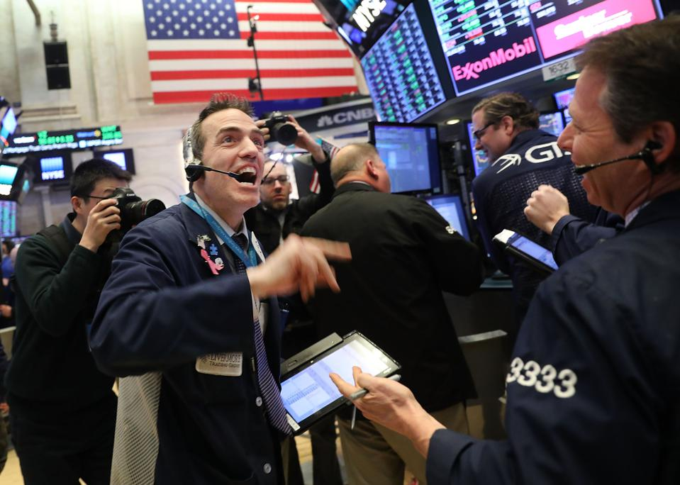 Dow Jones Industrial Salvaged From Correction By Dip
