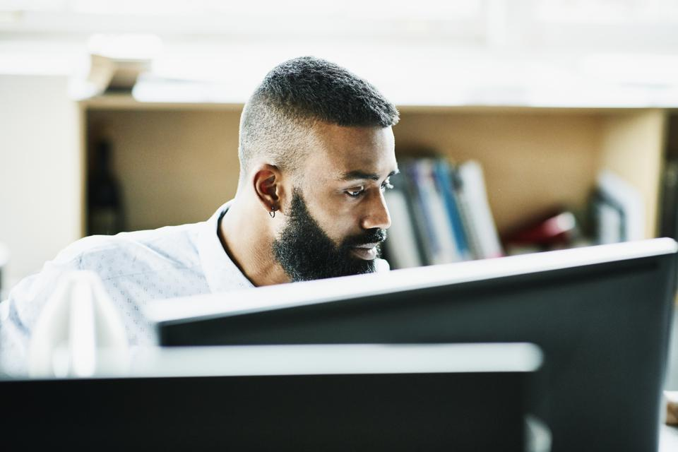 Five Executive Resume Writing Strategies For 2020