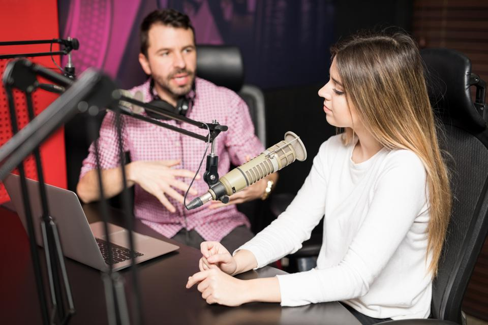 Approaching Public Relations In The Age Of New Media