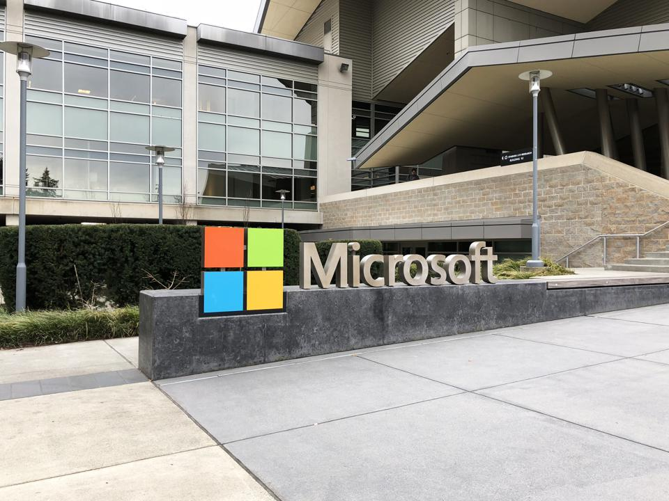 Microsoft Leads The AI Patent Race Going Into 2019