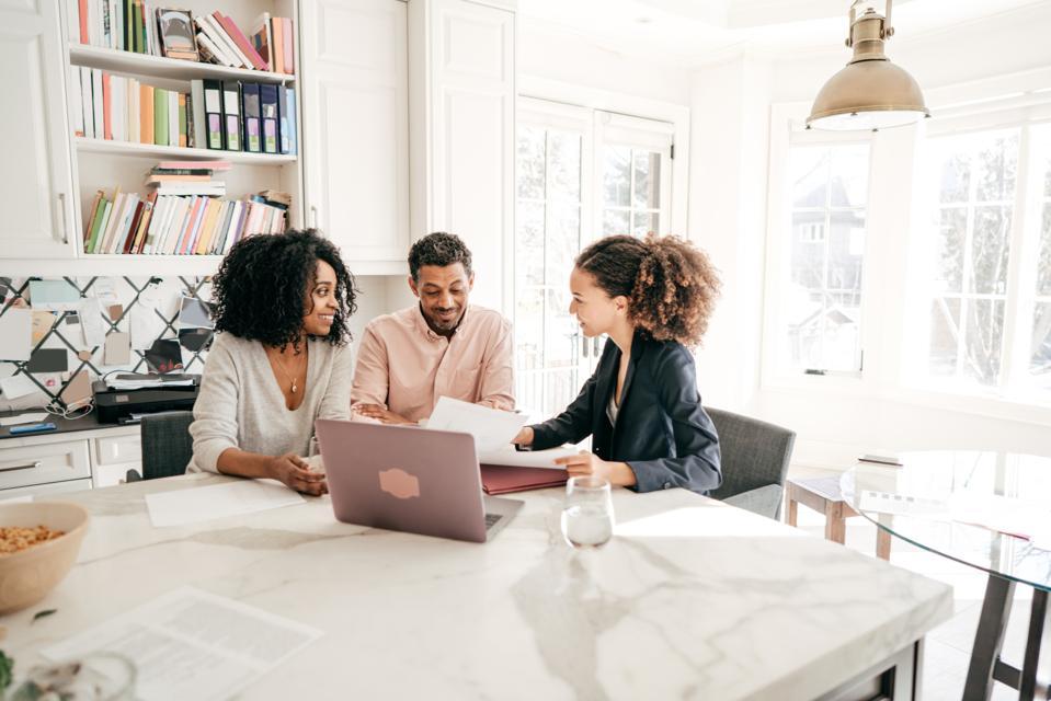 Beyond The Bottom Line: Financial Advisors' Shifting Responsibilities