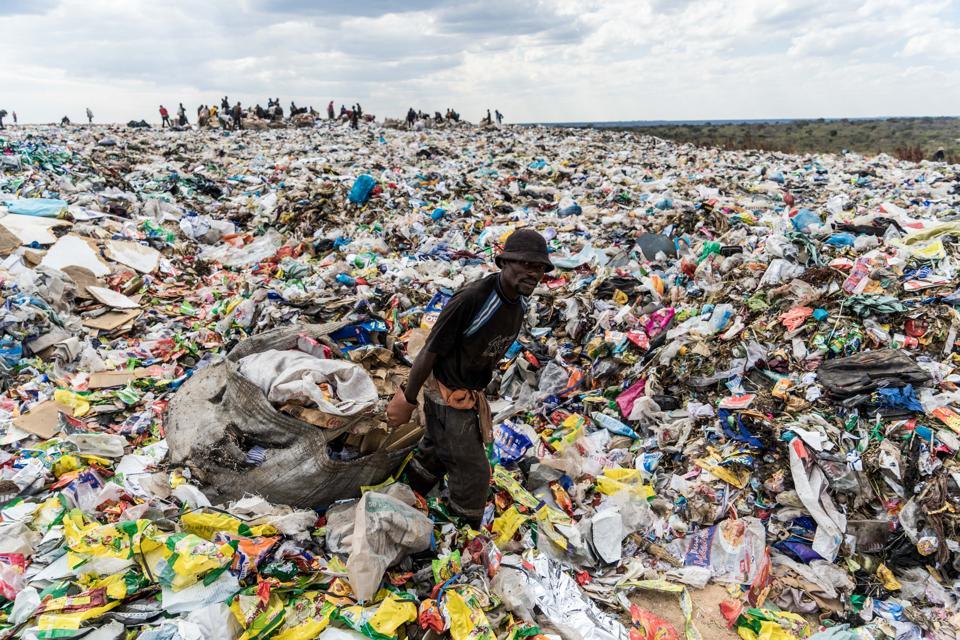 How One Under 30 Alum 'Beats Plastic Pollution' On World ...